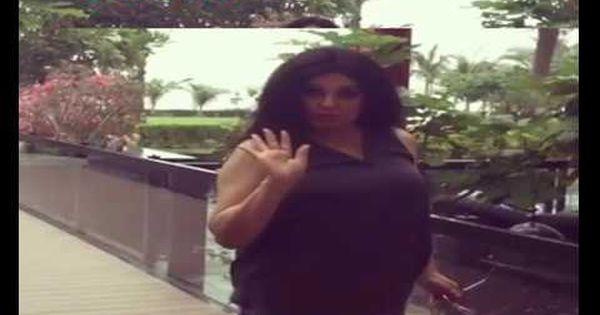 هجوم حاد على الراقصة فيفى عبده اثناء تواجدها فى دبى والسبب Attributes