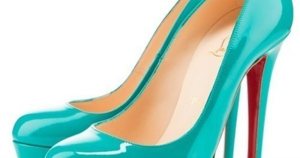 Stunning Women Shoes, Shoes Addict, Beautiful High Heels christianlouboutin