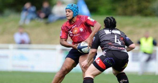 Une Panthere Parmi Les Lionnes Xv De France Rugby Feminin Equipe De France Feminine