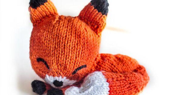 Knit Sleepy Fox Amigurumi Amigurumi