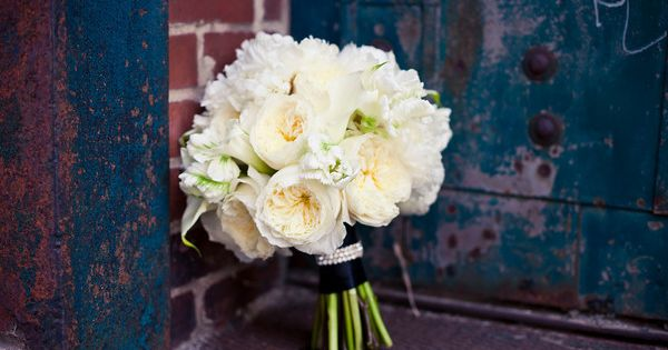 jessica adam best white ranunculus and ranunculus ideas