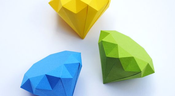 3D paper diamonds- more origami paper for Cam