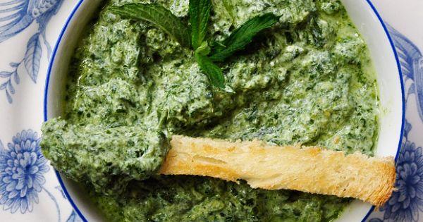 spinach and yogurt dip | Nom Nom Nom Nom | Pinterest | Yogurt, Spinach ...