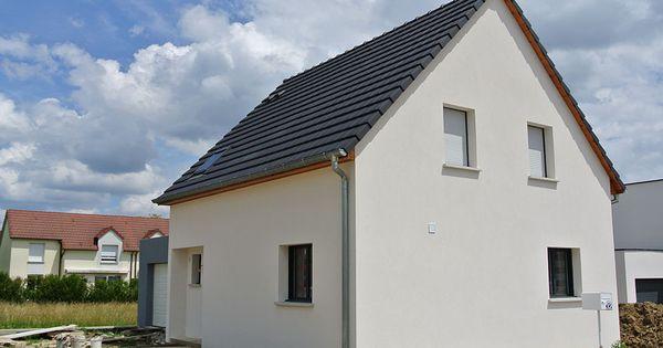 Construction de maison avec un toit en pente et un garage - Pente d un toit ...