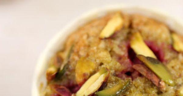 : Raspberry Pistachio Tea Cakes | nomnomnom | Pinterest | Tea Cakes ...