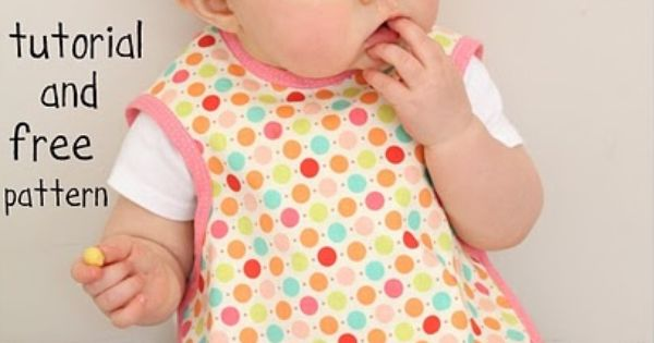 Baby bibs tutorial and free pattern (Bapron ~ Baby Apron)