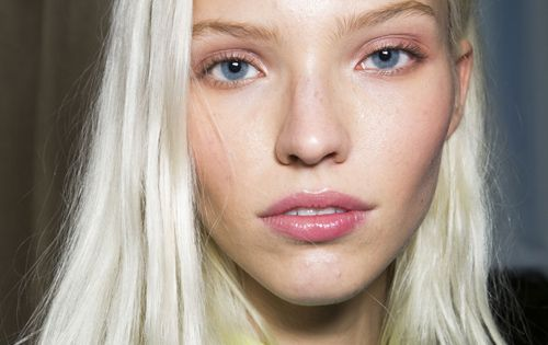 Nyfw 2014 Backstage Beauty The Platinum Blonde Ice Queens Bleach Amp Tone Obsession Pinterest