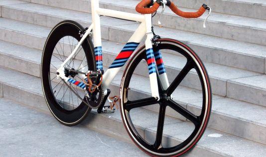 Leader LD 735TT (Custom Martini Racing Paint) on Bike Showcase