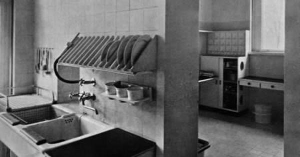 Pin By Thomas Hollifield On Bauhaus Bauhaus Interior Bauhaus Architecture Walter Gropius