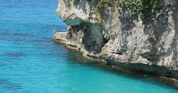 Caribbean blue at Pirate's Cove, Negril, Jamaica
