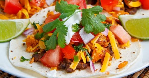 Chorizo Scrambled Eggs Breakfast Tacos | Recipe | Breakfast Tacos ...