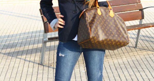 fave Fall outfit: skinny jeans, blazer, scarf, boots, LV bag