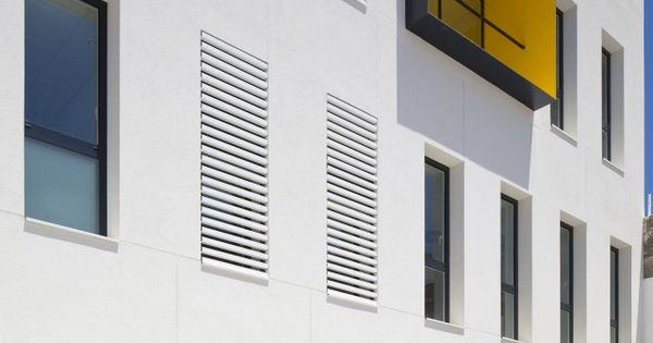 Galeria de centro de sa de de porreres maca estudio de - Estudio arquitectura mallorca ...