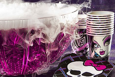 Monster High Party Ideas: petrifyingly purple punch - looks freaky-cool with easy