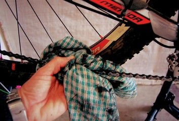 How To Clean And Lube Your Chain In 5 Steps Bike Chain Bicycle