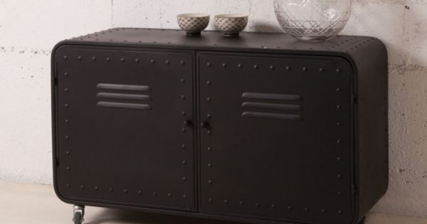 buffet bas en m tal 2 portes casiers decoclico factory. Black Bedroom Furniture Sets. Home Design Ideas