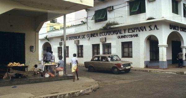 Bancos malabo guinea ecuatorial 1 1 1982 exterior for Pagina del banco exterior