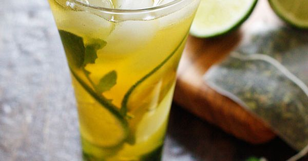 Iced tea mojitos