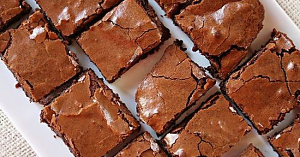 Small Chocolate Cake Recipe Jamie Oliver: Jamie Oliver's Mega Chocolate Fudge Cake Recipe