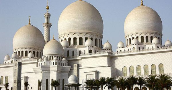 Masjid Syaikh Zayed Di Abu Dhabi Beautiful Mosques Mosque Sheikh Zayed Grand Mosque