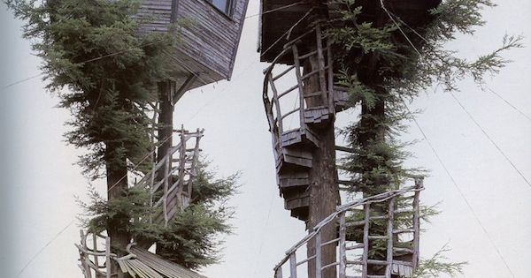 Treehouses with spiral staircases it would be so awesome to have a