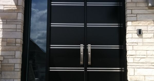 Portes d 39 entr e en acier portes bourassa porte for Peinture porte acier exterieur