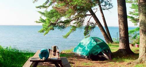 Memorial Park Campground On The Edge Of Washburn Has Nice Wooded Campsites As Well As Rv Hookup Apostle Islands Camping State Park Camping Wisconsin Waterfalls