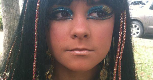 Cleopatra face paint | Egyptian Birthday Party Ideas ...