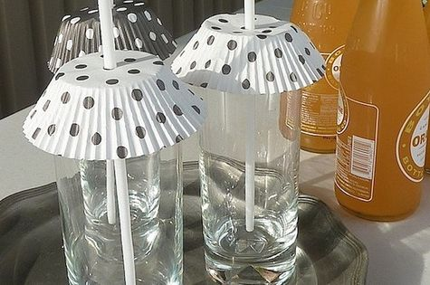 cupcake liners used to keep bugs out of summer drinks, what a