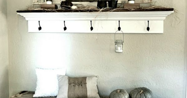 Our Vintage Home Love: Rustic Pallet Bench - Amazing blog with tons