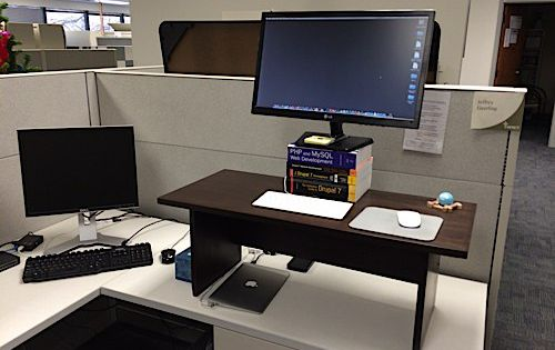 standing desk in cubicle at work do it yourself projects pinterest diy and crafts. Black Bedroom Furniture Sets. Home Design Ideas