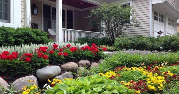 Yard Landscaping Design Ideas: Stones And Flowers In Front Yard ...