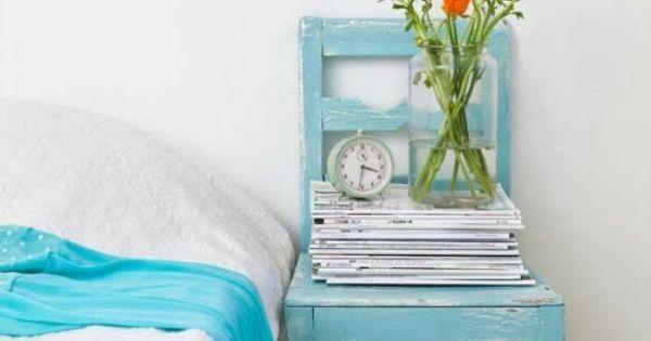 Idee Slaapkamer Stoel : Stoelen, Oude stoelen and Nachtkastjes on ...