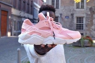 lucy malisha on | Nike air huarache, Nike shoes women, Pink ...