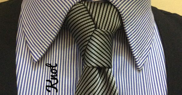Elvira Knot created by Noel Junio. Closed to the Trinity, the Charles and the Damien Knots.