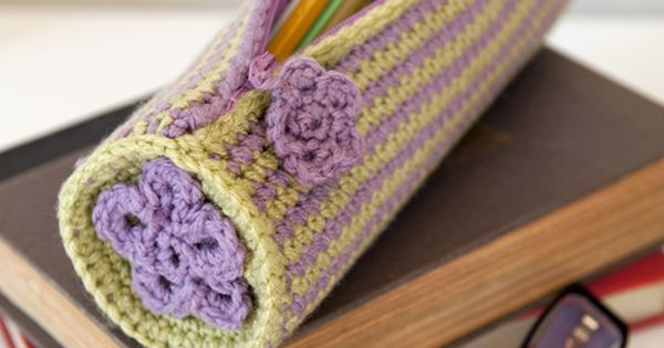 Pretty Pencil Case Pattern $ | crochet today