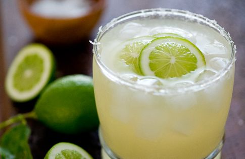 Simply the 10 best margarita recipes from food blogs. Happy Cinco de