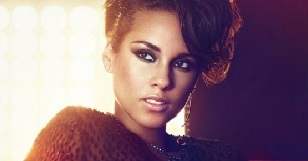 Alicia Keys To Sing National Anthem At Super Bowl Alicia Keys Alisha Keys Short Hair Styles
