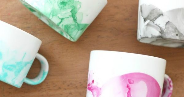 Did you know you can make cool DIY marbled mugs with nail
