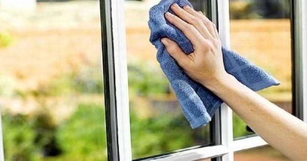 5 astuces infaillibles pour des vitres enfin impeccables for Astuce pour nettoyer les carreaux
