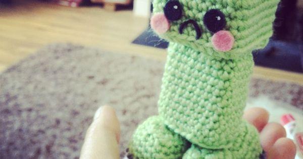 Minecraft Creeper - Free Amigurumi Pattern here: http ...