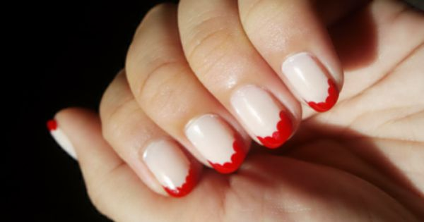 hailstothenails: Scallop French Tip Nails A way to spice up your boring