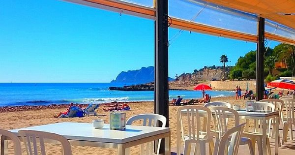 Image result for playa de l'ampolla, moraira