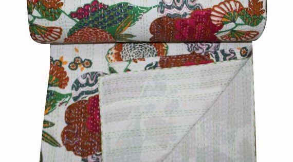 White Kantha Quilt In Queen Size Handmade Kantha Throw Reversible Kantha Blanket Bed Cover Fair Trade Kantha Coverlet With Images White Kantha Quilt Kantha Coverlet Kantha Bedding