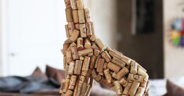 (... Wine cork project ... Everyone :: start saving more corks! Or