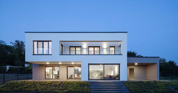 Sch nes einfamilienhaus mit bestnote minimalistisches for Minimalistisches haus