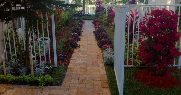 Here Is An Example Of Travertine Pavers These Ones Represent The Gold End Of The Spectrum Travertine Tends T Walkways Paths Travertine Pavers My Dream Home