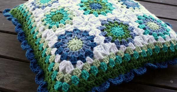 Facebook Crochet Patterns : ... Crochet I LOVE Pinterest Square patterns, Patterns and Crochet