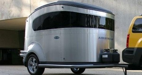 Nissan unveils BaseCamp Airstream Trailer