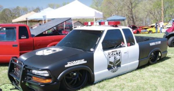 Layd Out At The Park Mini Truckin Magazine Chevy S10 Xtreme Mini Trucks Chevy S10